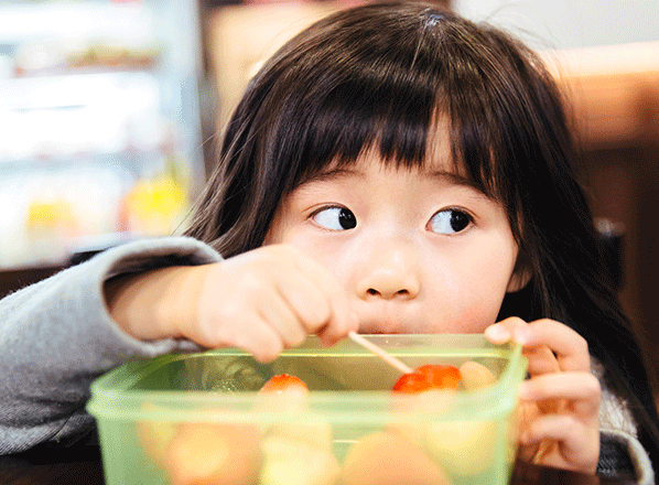 Feeding-Toddlers-Right--What-and-How-to-Feed-One