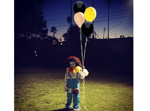 the-clown-with-black-balloons