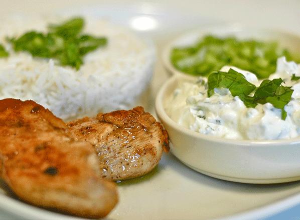 chicken-cutlet-with-yogurt-dip